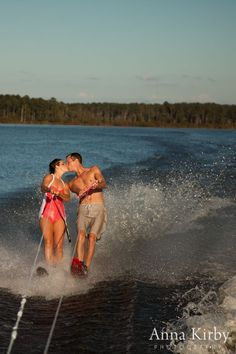 Water Skiing Engagement Session  annakirbyphoto.com #keepnitwet