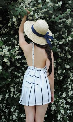 Beautiful romper from Lookbook Store, perfect for Summer//