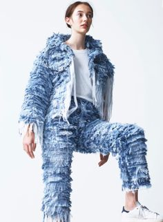 How cool is this Faustine Steinmetz ragged denim jeans and jacket? Definitely inspired to recreate this myself! Slow Fashion, Denim Fashion, High Fashion, Fashion Outfits, London Fashion, Chic Outfits, Recycled Fashion, Recycled Denim, Ropa Shabby Chic