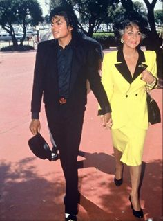 Michael and Elizabeth pictured on their way to the Hollywood Park Race Course in 1986.