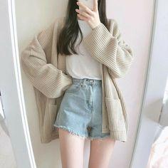 Kpop Fashion Outfits, Korean Outfits, Retro Outfits, Mode Outfits, Cute Casual Outfits, Girl Outfits, 90s Fashion, Korea Fashion, Fashion Clothes