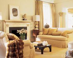 Suzanne Rheinstein New York City Living Room. Boone sofas by Hollyhock Photo by Pieter Estersohn Living Room Decor, Living Spaces, City Living, Living Rooms, Beige Room, Yellow Walls, Traditional Decor, Elle Decor, Designing Women
