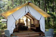 http://indeeddecor.com/create-ultimate-outdoor-guest-room/