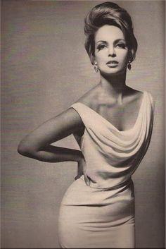 Contessa Christina Paolozzi, Harper's Bazaar 1962, photo by Richard Avedon -via vintagemarlene