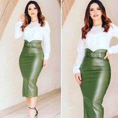 Pencil Skirt Casual, Pencil Skirt Outfits, Casual Dresses, Fashion Dresses, Dresses For Work, Long Leather Skirt, Celebrity Style Casual, Future Clothes, African Dresses For Women