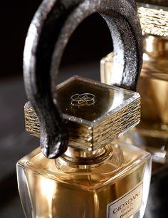 Essenza Parfum Golden Cap