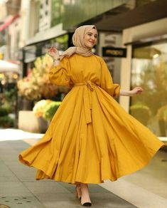 Muslim Fashion 817262663615869422 - ✔ Fashion Dresses Muslim Beautiful Source by assatouloum Hijab Fashion Summer, Modest Fashion Hijab, Modern Hijab Fashion, Modesty Fashion, Street Hijab Fashion, Hijab Fashion Inspiration, Fashion Dresses, Dress Outfits, Hijab Outfit