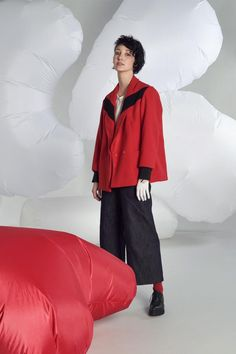 Sporty chic, fresh and above all versatile. Recognizable in the cuts, sought in the drawings. LĀU is the right compromise between comfort and elegance, between practicality and good amount of trend. Discover the new Autumn - Winter 2017/18 Collection onhttp://ob-fashion.com/lau-intuitions-to-wear/?lang=en  #fashion #emergingbrand #emergingdesigner #madeintaly #obfashion #obfashionstore