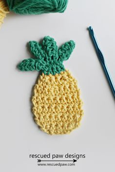This cute free crochet pineapple pattern would be a great applique and you could even make a few to string together as a banner for a summer pineapple party!  I hope you enjoy this crochet pineapple pattern and have a blast making this fun pineapple crochet design.