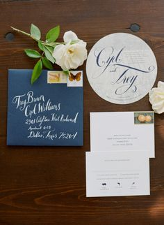 Navy and white: http://www.stylemepretty.com/2015/05/05/fall-lakeside-al-fresco-wedding/ | Photography: Sylvie Gil - http://www.sylviegilphotography.com/