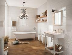 Badezimmer Kronleuchter klassisches Badezimmer Laminat Boden Fliesen mit Textur
