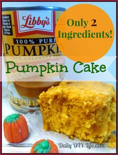 Only 2 ingredients - Moist Pumpkin cake recipe (Fall Recipes Dessert) Pumkin Cake, Pumpkin Spice Cake, Easy Pumpkin Muffins, 2 Ingredient Pumpkin Muffins, Canned Pumpkin Recipes, Pumpkin Cake Recipes, Dessert Simple, Easy Desserts, Dessert Recipes
