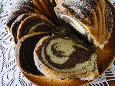 kudy-kam...: Strakatá bábovka Bunt Cakes, Baked Goods, Pancakes, Baking, Breakfast, Ethnic Recipes, Food, Cupcake, Recipe