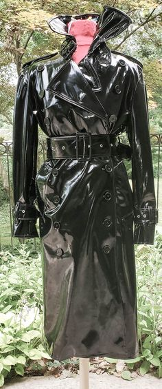 Latex, Rain Bonnet, Rubber Raincoats, Pvc Raincoat, Singing In The Rain, Rain Wear, Black Rubber, Double Breasted, Sexy