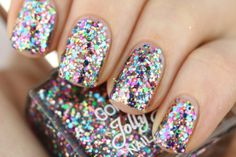 Jolly Jewel nail lacquer from Golden rose. #18 Wil jij deze graag hebben? Let me know ;)