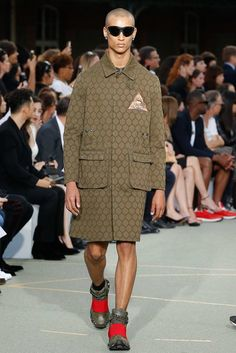 Givenchy Spring 2017 Menswear Fashion Show