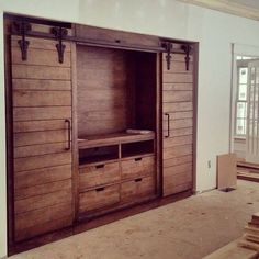 Decorate your room in a new style with murphy bed plans Wooden Pallet Projects, Diy Furniture Projects, Wooden Pallets, Pallet Furniture, Pallet Tv, Cheap Furniture, Furniture Stores, Kitchen Furniture, Bedroom Furniture