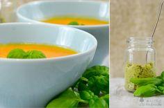 Rezept: Paprikacremesuppe mit Olivenpesto   #alittlefashion #rezept #suppe #food #kochen #paprika #herbst