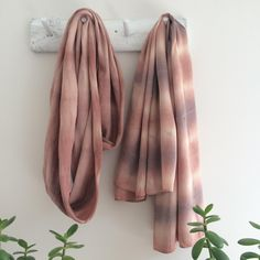 Made in Home: Natural Shades of Pink :: Dyeing Fabric with Avocado Skins with Rebecca Desnos