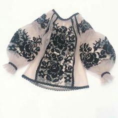 Folk Fashion, Womens Fashion, Casual Dresses, Fashion Dresses, Fancy Tops, Indian Designer Outfits, Estilo Fashion, Embroidery Fashion, Sweet Dress