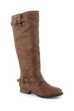 738b2daaa9beaa more shoeees Low Heel Boots