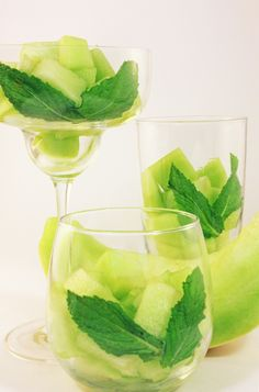 FAT BURNING Honeydew Mojito Workout Water- from the book FRUIT INFUSION.... THE BOOK IS FREE TO BORROW TODAY ON AMAZON PRIME! http://amzn.com/B00D8SRFIQ