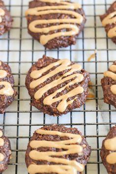 Chocolate Peanut Butter Quinoa Breakfast Cookies - Simply Quinoa