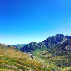 La Mongie depuis le mythique Col du Tourmalet  #Tourmalet #Pyrénées #HautesPyrénées #Pirineos #Col #LaMongie #SkiResort #Mountain #Occitanie #France #Col #Cycling #ColduTourmalet #Landscape #Beautiful #PointOfView #Colors #Summer2016