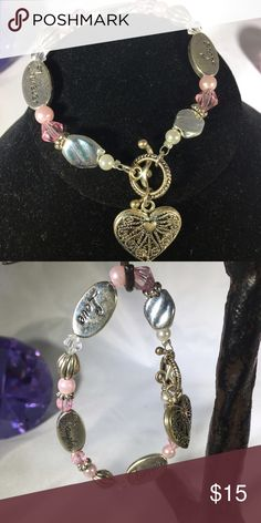 """Silvertone Charm Bracelet 8"""" Pink faux Crystals Silvertone Charm Bracelet 8"""" Pink faux Crystals and Pearls, says, """"love, daughter, forever"""". Has toggle clasp with lovely heart, great condition Jewelry Bracelets"""