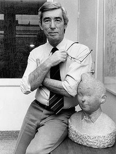 Hergé (Georges Remi 1907-1983) in 1980, with his worldwide famous creation Tintin (Kuifje). (Foto: EFE)