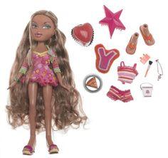Shop Bratz Sweet Dreamz PJ Party - Yasmin at Artsy Sister. Dc Superhero Girls Dolls, Sleepover Outfit, Bratz Yasmin, Bratz Doll Outfits, Brat Doll, Bratz Girls, Pj Party, Beige Blonde, Doll Hair