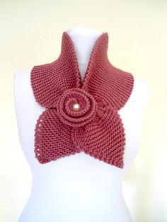 Thulian pink neckwarmer women scarf winter scarf by likeknitting Hand Crochet, Knit Crochet, Crochet Hats, Knitted Shawls, Crochet Scarves, Knitting Projects, Crochet Projects, Knitting Patterns, Crochet Patterns