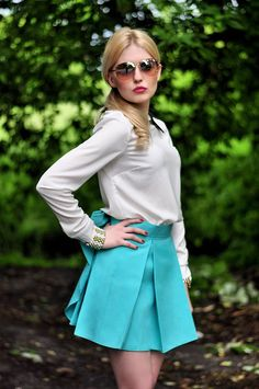 Tiffany blue skirt- bow in the back!