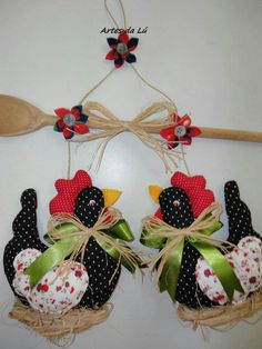 Christmas Wreaths, Christmas Crafts, Christmas Decorations, Christmas Ornaments, Creative Crafts, Diy And Crafts, Arts And Crafts, Sewing Crafts, Sewing Projects