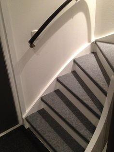 ecarlsson - En trappa i stan - Best Pins swedish Under Stairs, The 100, Interior Design, Vit, House, Home Decor, Houses, Nest Design, Decoration Home