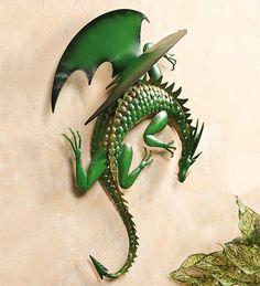 Climbing Green Dragon Metal Wall Art