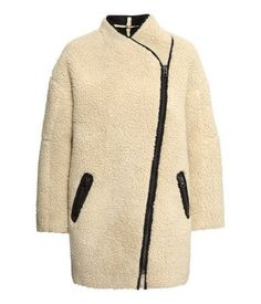 Oversized sheepskin coat | H&M US