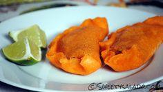 Colombian Empanadas // Empanadas Colombianas