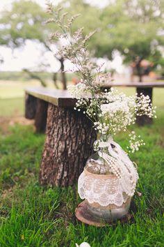 Flowers: Casa Linda Florals Backyard Texas Wedding captured by Mike Olbinski - Modern Wedding Flower Packages, Wedding Flowers, Indoor Wedding, Garden Wedding, Summer Wedding, Diy Outdoor Weddings, Deer Pearl Flowers, Rustic Wedding, Wedding Ideas