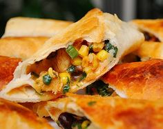 What's Cookin, Chicago?: Southwestern Eggrolls