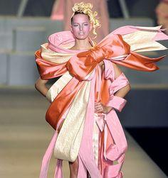 *** Viktor & Rolf - Fantasy Fashion