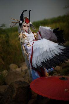 キャラ:姑獲鳥 cn: U_O_ 覚醒してから「金銮鹤羽』と言うスキンをつけた姑獲鳥です。 陰陽師の式神の中で、どっちが一番好きですか?