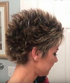 99 Modern Pixie Haircut Ideas For Summer Trends 2019 Short Choppy Hair, Short Spiky Hairstyles, Short Grey Hair, Short Hair With Layers, Gray Hairstyles, Hair Styles For Women Over 50, Short Hair Cuts For Women, Pixie Haircut, Marie