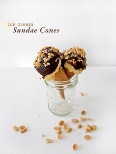 Ice Cream Sundae Con