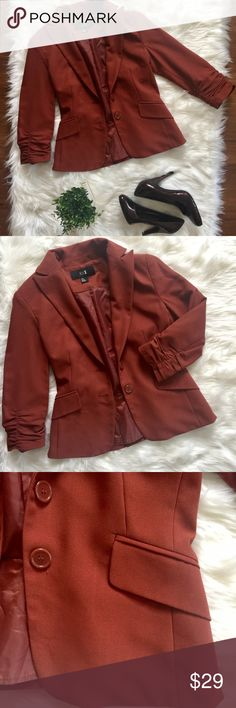 Forever 21 Orange Blazer Ruched 3/4 Sleeves EUC Forever 21 Orange Blazer Ruched 3/4 Sleeves. Pre Owned, Clean, In Good Condition. This is the perfect fall color Blazer that can be paired well with Denim Jeans, Skirts or Dress Pants. Forever 21 Jackets & Coats Blazers