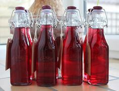 Raspberry flavoured gin - going to do this ASAP :)