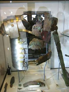 """museum-of-artifacts: """" Remains of Roman Legionaries armor - Lorica segmentata. Found in Britain. Dated back to I-II century CE. Rome Museums, Roman Armor, Ancient Armor, Roman Legion, Roman Britain, Roman Era, Roman Soldiers, Archaeological Finds, Roman History"""