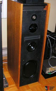 Cambridge Audio R50 Speakers, VV Rare in North America!!!