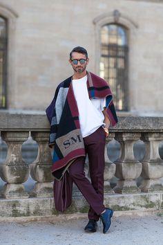 Simone Marchetti wearing Burberry initial blanket at Paris Fashion Week SS15 | Photographed by Ashka Shen | Xssat Street Fashion