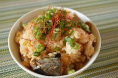 缶詰で簡単!「鯖の味噌煮とキムチの炊き込みご飯」 スイーツ男子の簡単料理レシピ
